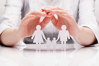 Hands-protect-paper-family